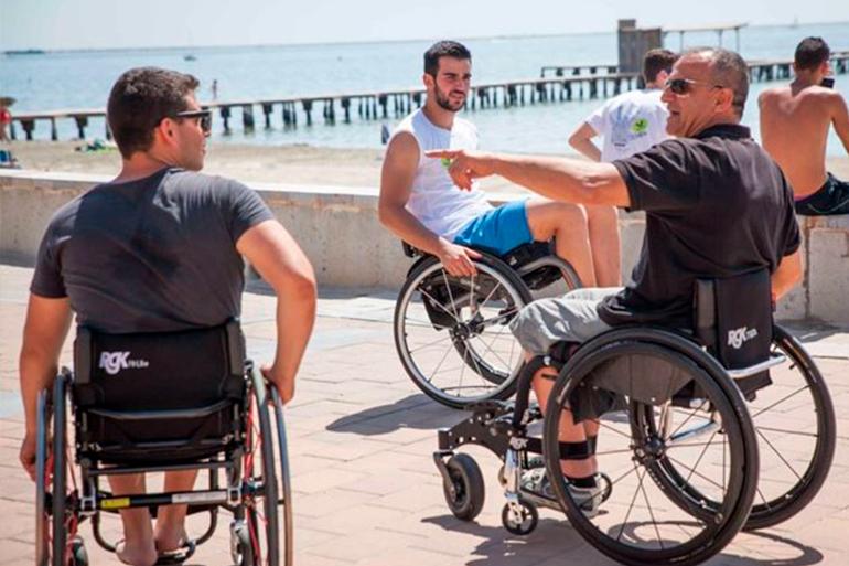 Guía de playas accesibles en España para este verano
